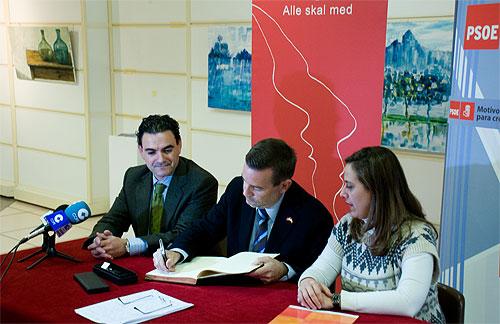 Arbeiderpartiet formaliserer sitt samarbeide med PSOE