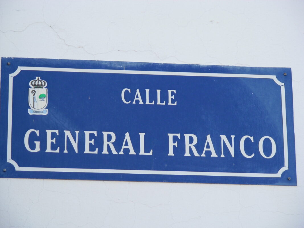 general_franco_calle.jpg