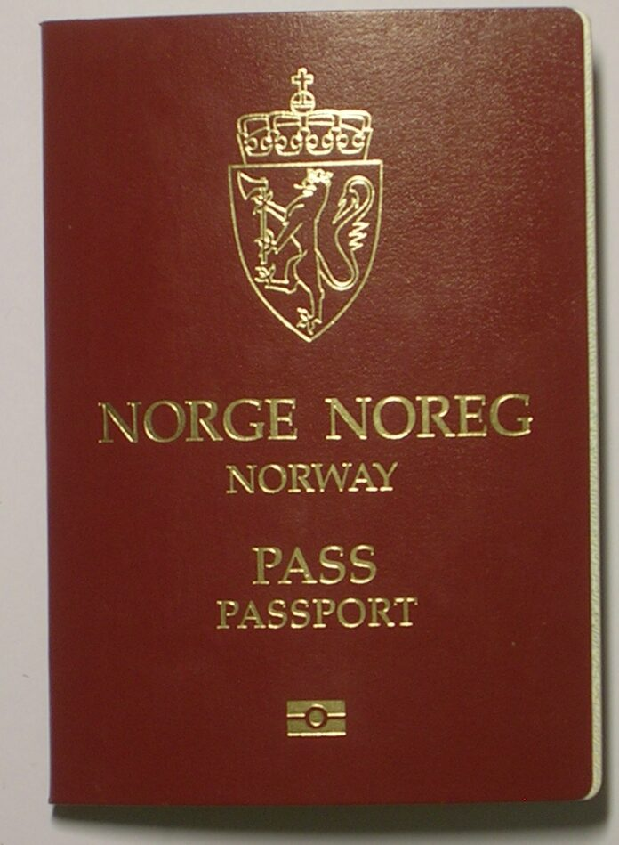 norwegianpassport_ii.jpg