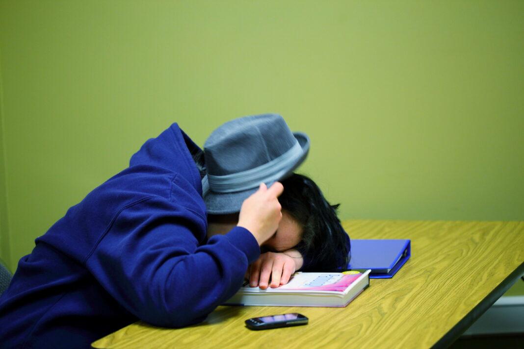 free_college_pathology_student_sleeping_creative_commons_6961676525.jpg