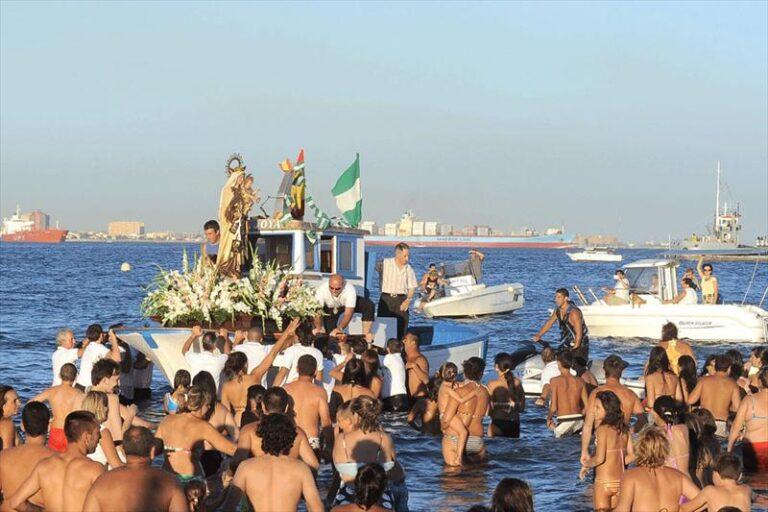 Fiesta i Arguineguín og Playa de Mogán 6-29. juli – Virgen del Carmen