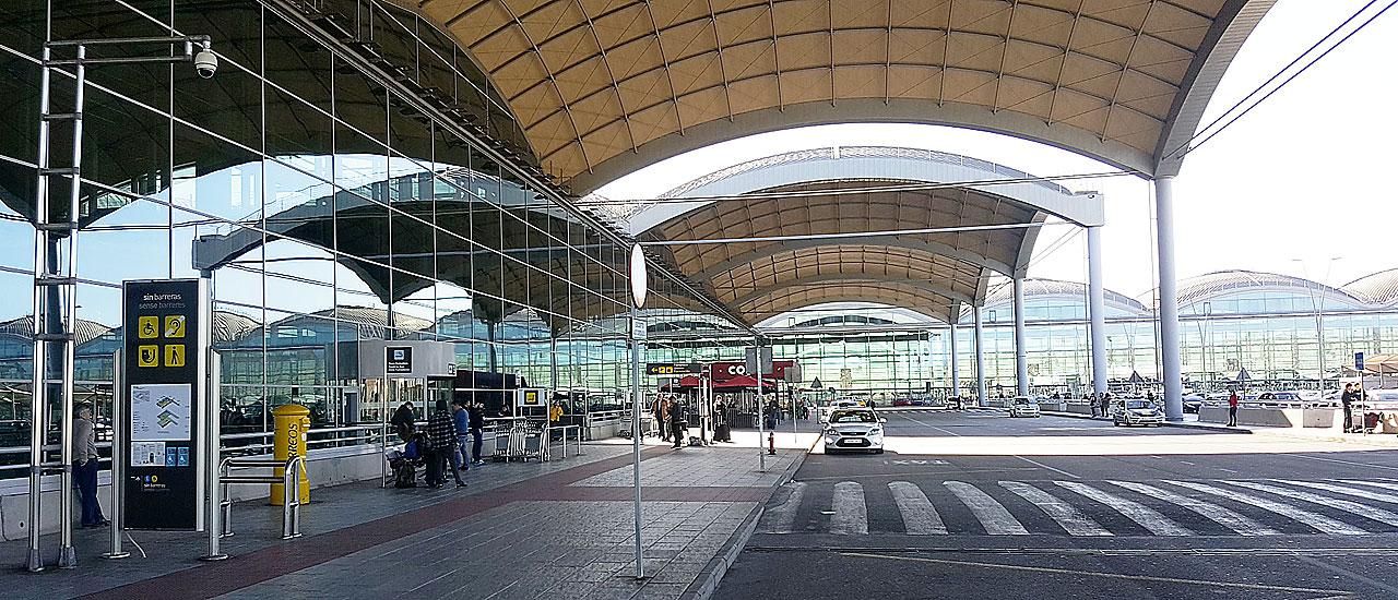 Alicante Flyplass (ALC)- Guide og info om transport, leiebil, taxi og busstider