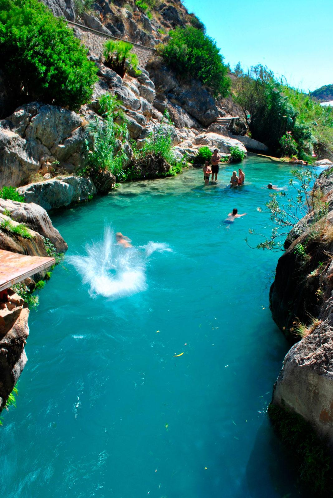 Fuentes del Algar er en forfriskende liten utflukt en fin kjøretur opp i fjellet fra Altea og Alfaz del Pi.