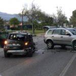 Foto: Sjåføren av ulykkesbilen skal ha hatt promille og spor etter narkotiske stoffer i blodet. Minst åtte personer ble skadet.