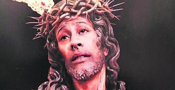 Foto: Gutten som la ut bildet av seg selv som Jesus på Instagram risikerer bøter eller fengsel i 180 dager. Tiltalen føyer seg inn i rekken av liknende saker om ytringsfrihet i Spania det siste året.