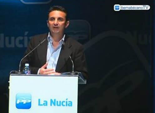 Foto: Bernabé Cano (PP) har vært ordfører i La Nucía de siste 17 årene. Ordføreren beskyldes for å drive et lite demokratisk lokalstyre og for å misbruke kommunens penger til egne formål. Bildet er hentet fra ordførerens egen markedsføringskanal på TV, BenrabecanoTV.