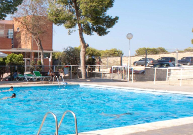 Rojales: Oppruster kommunale svømmebasseng