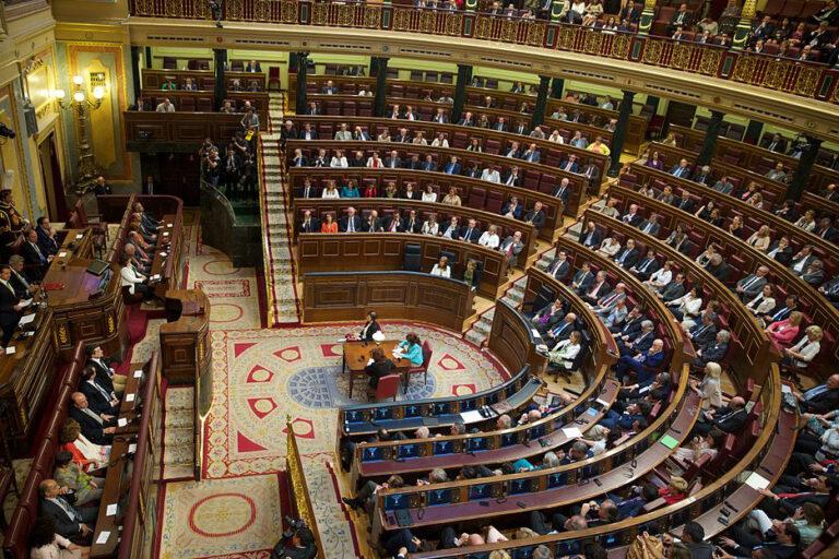 Endelig ny regjering og nytt statsbudsjett i Spania
