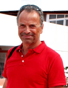 Arne Bjørndal er forfatter, journalist og oversetter med base på Costa del Sol i Spania.