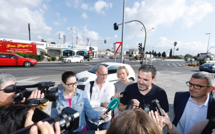 FORSINKET: Mai 2018 sa ordfører Vicente Arques til pressen at arbeidene med den nye broen skulle være i gang innen utgangen av 2018.