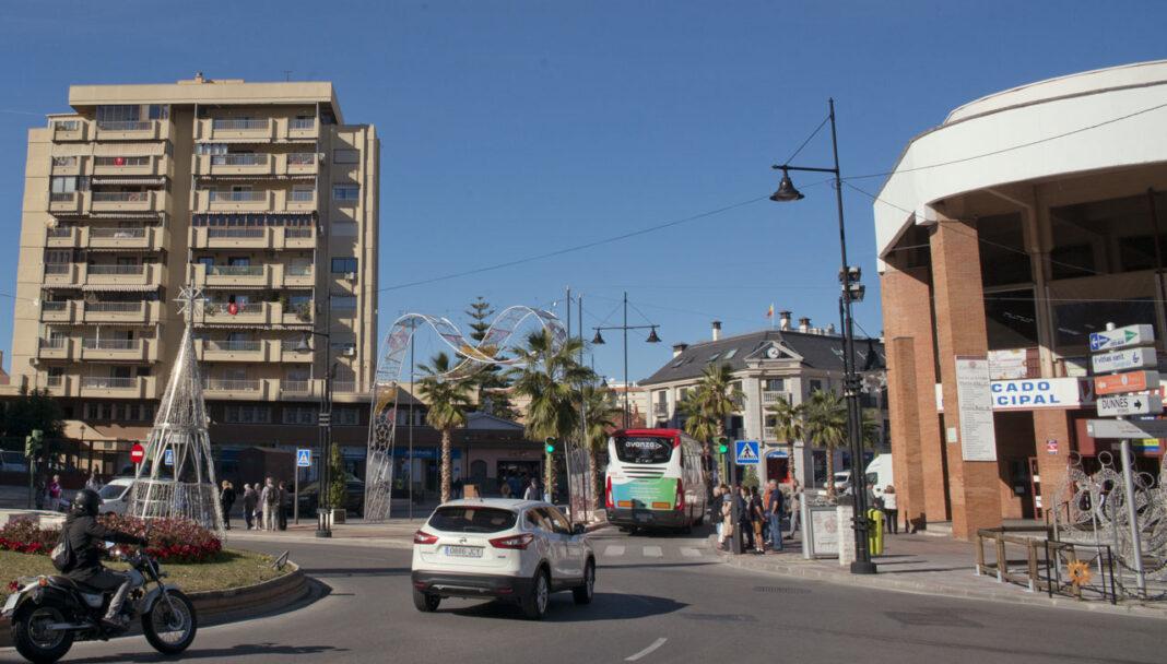 Markedet, her til høyre, ligger godt synlig midt i sentrum.