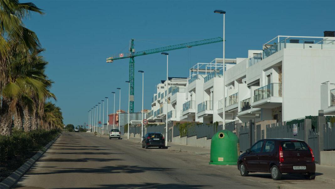 Det bygges svært mye i Orihuela Costa nå. Sommel på kommunens byggetat forsinker både nye og igangsatte prosjekter.